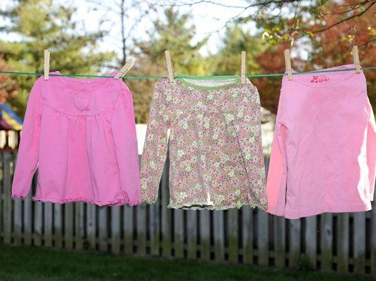 Line-Trocknung spart Kosten und schont Ihre Kleidung.