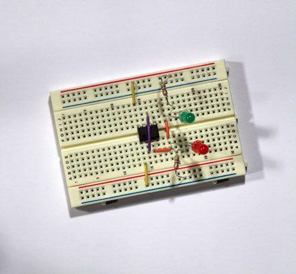 ���� - Prototyp eines elektronischen Coin-Toss Schritt 2: Schließen LEDs Widerstände